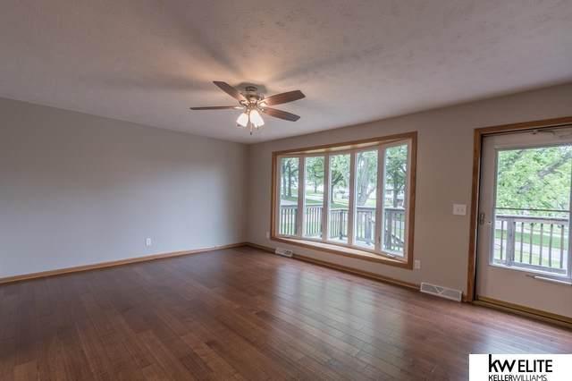 3742 Cornhusker Drive, Omaha, NE 68124 (MLS #22114167) :: Capital City Realty Group