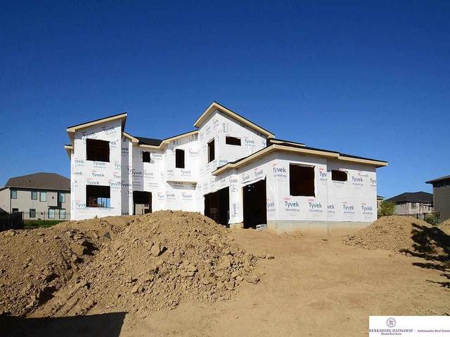 10910 S 175th Street, Omaha, NE 68136 (MLS #22114341) :: Catalyst Real Estate Group