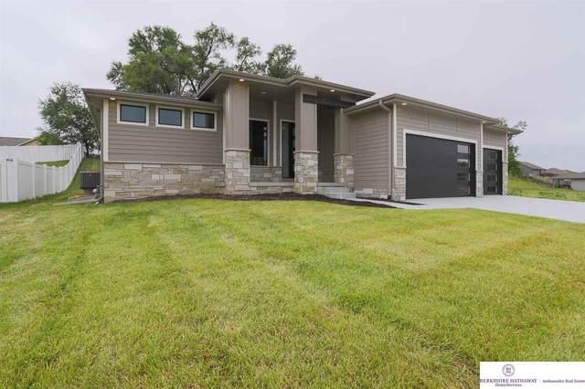 4820 N 187 Avenue, Omaha, NE 68022 (MLS #22114860) :: Lincoln Select Real Estate Group