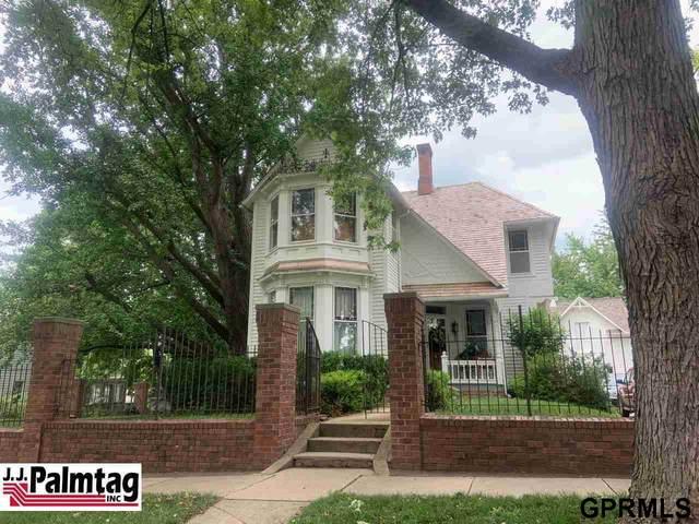 1414 2nd Avenue, Nebraska City, NE 68410 (MLS #22114868) :: Capital City Realty Group