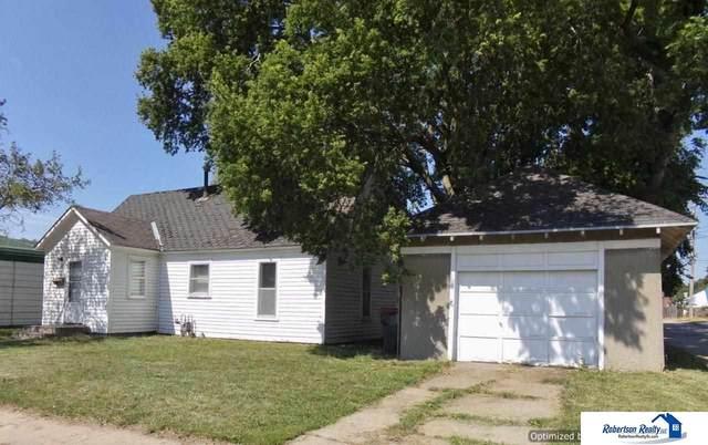 111 Hayes Street, Beatrice, NE 68310 (MLS #22115171) :: Berkshire Hathaway Ambassador Real Estate