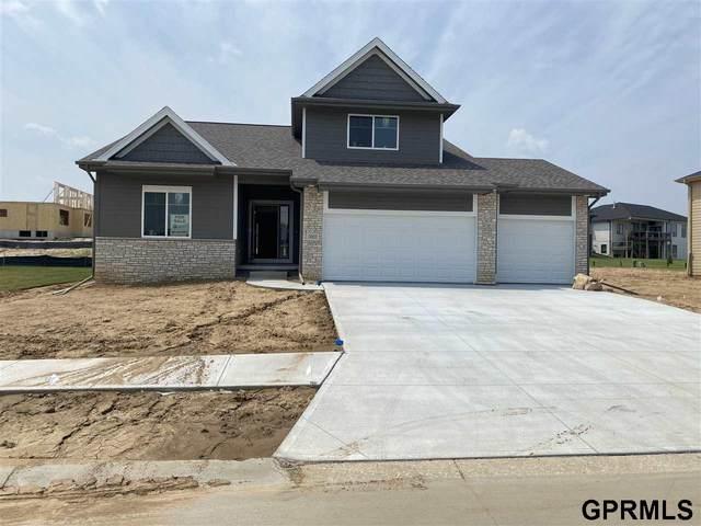 3002 N 181 Street, Elkhorn, NE 68022 (MLS #22115472) :: Elevation Real Estate Group at NP Dodge