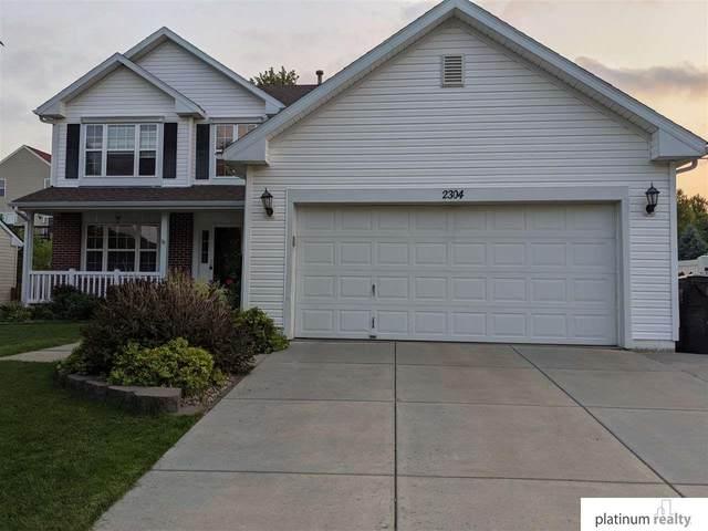 2304 N 164 Street, Omaha, NE 68116 (MLS #22116223) :: Berkshire Hathaway Ambassador Real Estate
