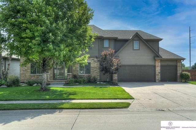 1013 S 198th Street, Elkhorn, NE 68022 (MLS #22116801) :: Catalyst Real Estate Group
