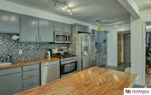 3263 Jackson Street C, Omaha, NE 68105 (MLS #22117153) :: Capital City Realty Group