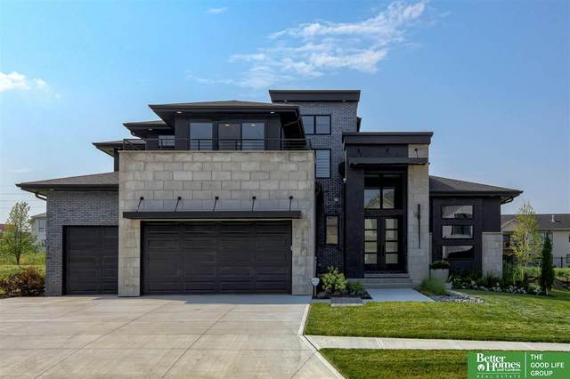 21408 B Street, Omaha, NE 68022 (MLS #22117233) :: Catalyst Real Estate Group