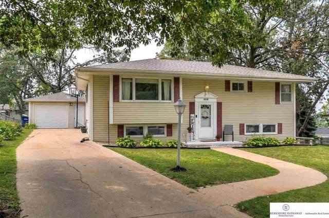 5009 White Cloud Drive, Omaha, NE 68157 (MLS #22117304) :: Omaha Real Estate Group