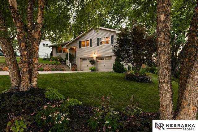 4608 North View Drive, Omaha, NE 68134 (MLS #22117438) :: Elevation Real Estate Group at NP Dodge