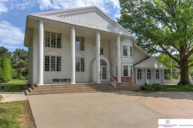 12344 Pacific Street, Omaha, NE 68154 (MLS #22117457) :: Berkshire Hathaway Ambassador Real Estate
