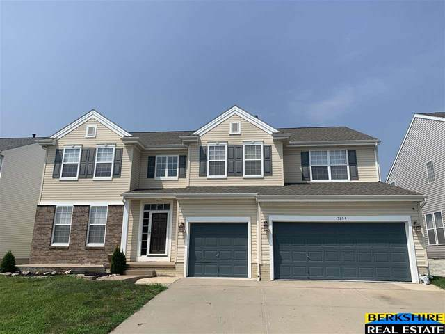 5264 S 162nd Street, Omaha, NE 68135 (MLS #22117491) :: Omaha Real Estate Group