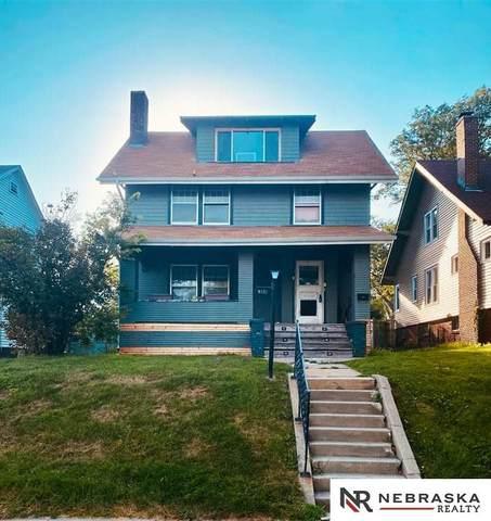 911 S 37th Street, Omaha, NE 68105 (MLS #22117735) :: Omaha Real Estate Group