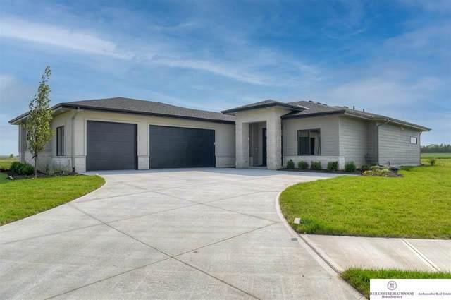 2902 S 209 Court, Omaha, NE 68022 (MLS #22117879) :: Catalyst Real Estate Group