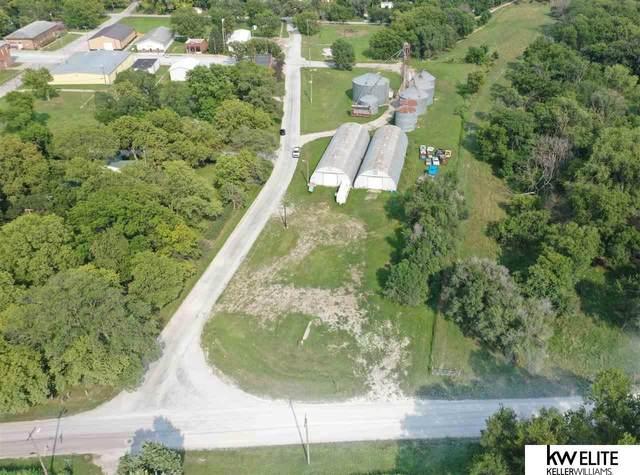 Lots 1 & 2 D & C Subd, Douglas, NE 68152 (MLS #22119091) :: Don Peterson & Associates