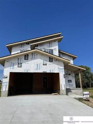 456 N Molley Street, Bennington, NE 68007 (MLS #22119556) :: Elevation Real Estate Group at NP Dodge