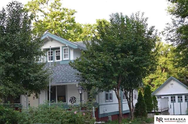 1811 N 43rd Street, Omaha, NE 68111 (MLS #22119880) :: kwELITE