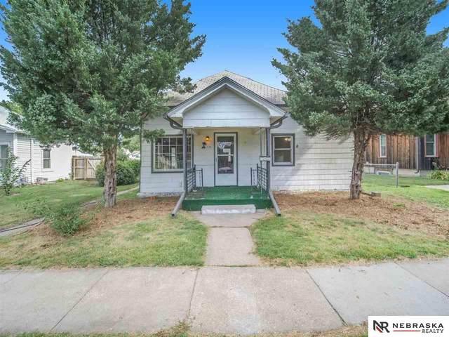 6526 Morrill Avenue, Lincoln, NE 68505 (MLS #22120115) :: Lincoln Select Real Estate Group