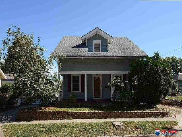 1618 S 26th Street, Lincoln, NE 68502 (MLS #22120542) :: Don Peterson & Associates