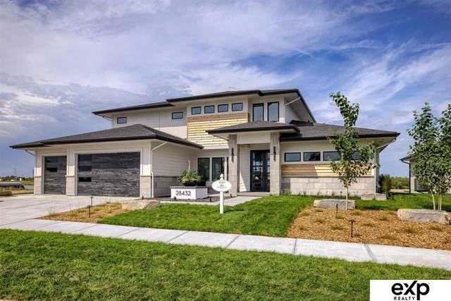 28432 N Laurel Circle, Valley, NE 68064 (MLS #22121824) :: Omaha Real Estate Group