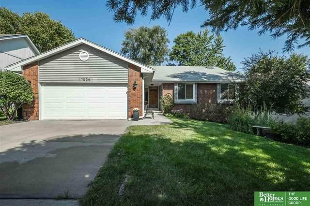 17024 Shirley Street, Omaha, NE 68130 (MLS #22121842) :: Don Peterson & Associates
