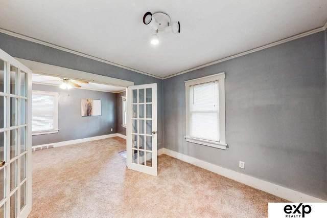 1917 S 61st Street, Omaha, NE 68106 (MLS #22121997) :: Omaha Real Estate Group