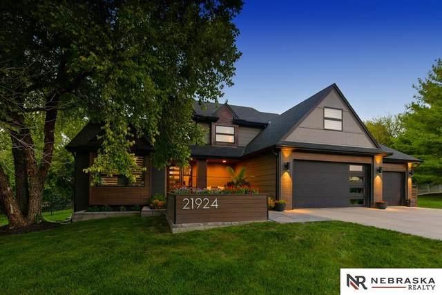21924 Trailridge Boulevard, Omaha, NE 68022 (MLS #22122149) :: Omaha Real Estate Group