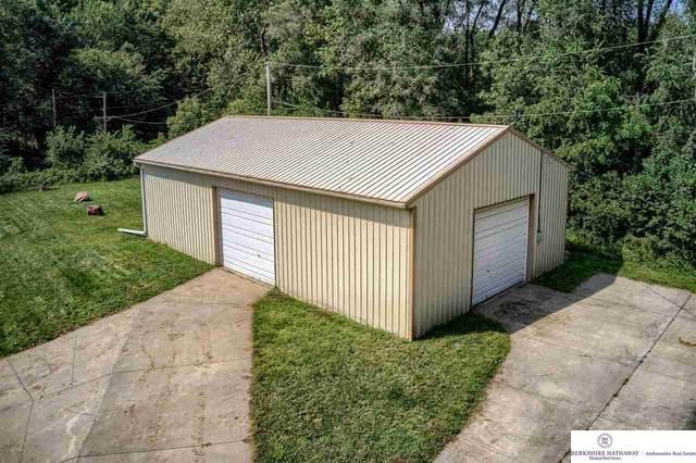 14333 Shongaska Road, Omaha, NE 68112 (MLS #22122226) :: Don Peterson & Associates