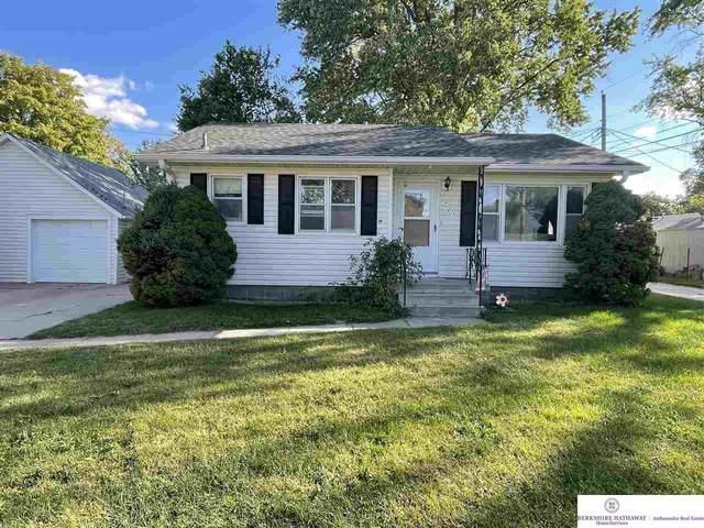 721 W 19 Street, Fremont, NE 68025 (MLS #22122592) :: Don Peterson & Associates