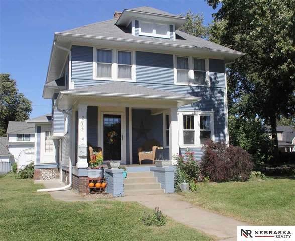 2602 E Street, Omaha, NE 68107 (MLS #22122840) :: One80 Group/KW Elite