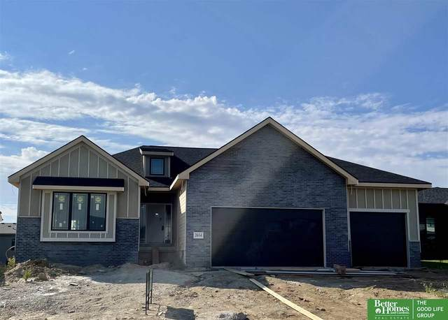 2614 N 185th Street, Elkhorn, NE 68022 (MLS #22123078) :: Lincoln Select Real Estate Group
