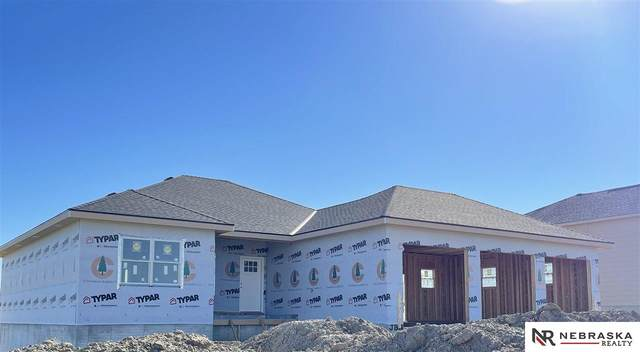 8677 Eagle Point, Plattsmouth, NE 68048 (MLS #22123351) :: Omaha Real Estate Group