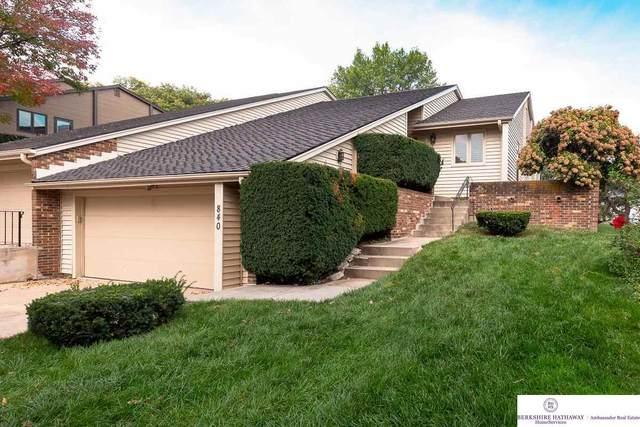 840 S 112 Plaza, Omaha, NE 68154 (MLS #22123703) :: Lincoln Select Real Estate Group