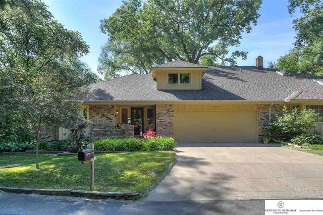 11115 Woolworth Plaza, Omaha, NE 68144 (MLS #22123996) :: Lincoln Select Real Estate Group