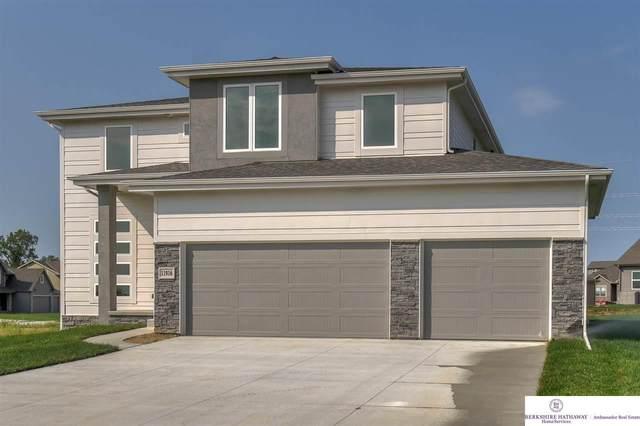 17106 Potter Street, Bennington, NE 68007 (MLS #22124335) :: Complete Real Estate Group