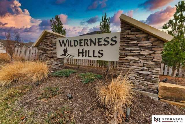 9846 Del Rio Drive, Lincoln, NE 68516 (MLS #22124495) :: Omaha Real Estate Group