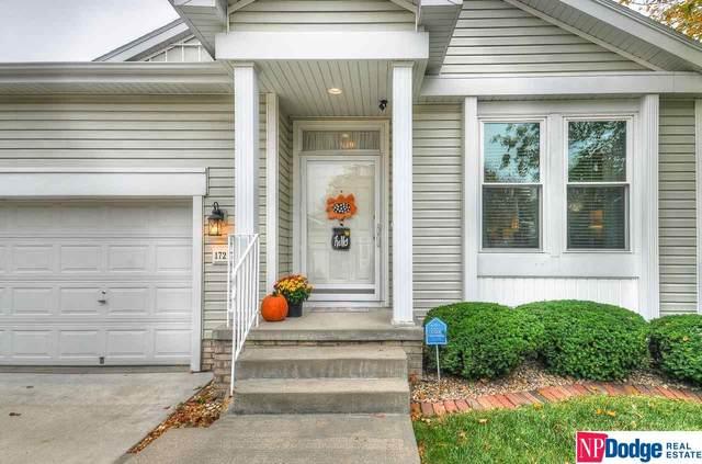 17217 Hickory Plaza, Omaha, NE 68130 (MLS #22125060) :: Lincoln Select Real Estate Group