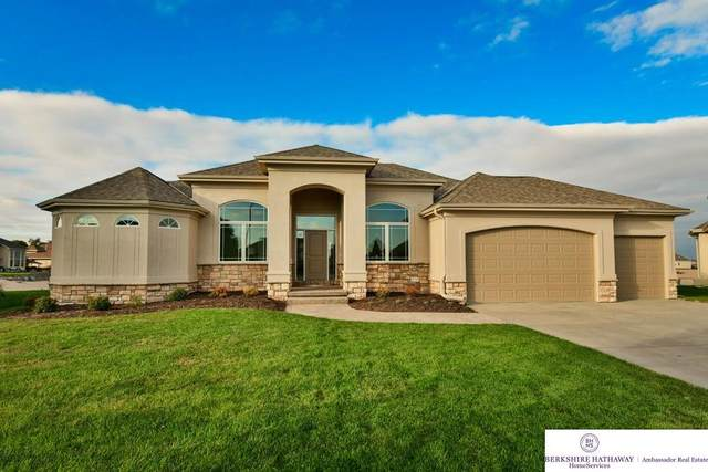 28014 Eagle Circle, Valley, NE 68064 (MLS #22125382) :: Catalyst Real Estate Group