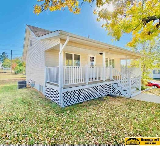 1300 A Street, Fairbury, NE 68352 (MLS #22125605) :: Don Peterson & Associates