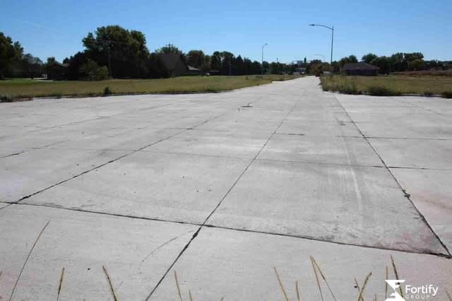 801 Saltzman Drive, Shickley, NE 68436 (MLS #L10144343) :: Lincoln Select Real Estate Group