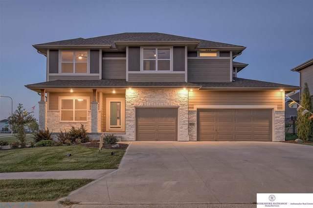 18512 Merion Drive, Omaha, NE 68136 (MLS #21807647) :: Catalyst Real Estate Group