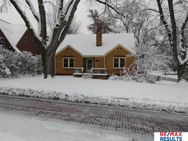 2001 N 56th Street, Omaha, NE 68104 (MLS #21809399) :: Nebraska Home Sales