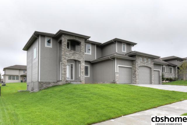 517 Locust Street, Gretna, NE 68028 (MLS #21811130) :: Omaha's Elite Real Estate Group