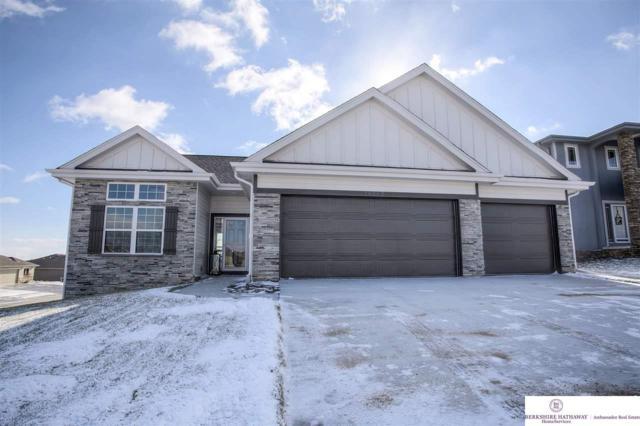 4906 Birchwood Drive, Papillion, NE 68133 (MLS #21813868) :: Dodge County Realty Group