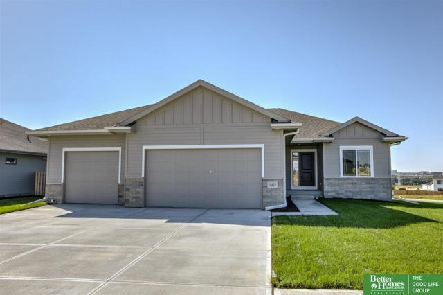 18419 Lake Street, Elkhorn, NE 68022 (MLS #21816204) :: Omaha's Elite Real Estate Group