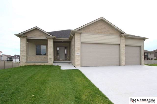 7532 S 78th Street, Lincoln, NE 68516 (MLS #21905142) :: The Briley Team