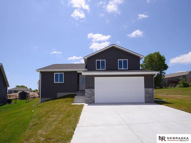 4259 W Hancock Court, Lincoln, NE 68528 (MLS #21908529) :: Complete Real Estate Group