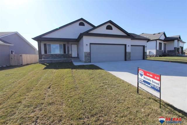 937 Hickory Hill Lane, Lincoln, NE 68521 (MLS #21910174) :: Omaha's Elite Real Estate Group
