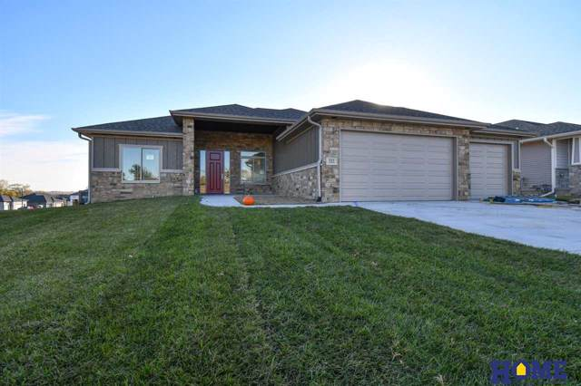 322 S 88th Street, Lincoln, NE 68520 (MLS #21918814) :: Lincoln Select Real Estate Group