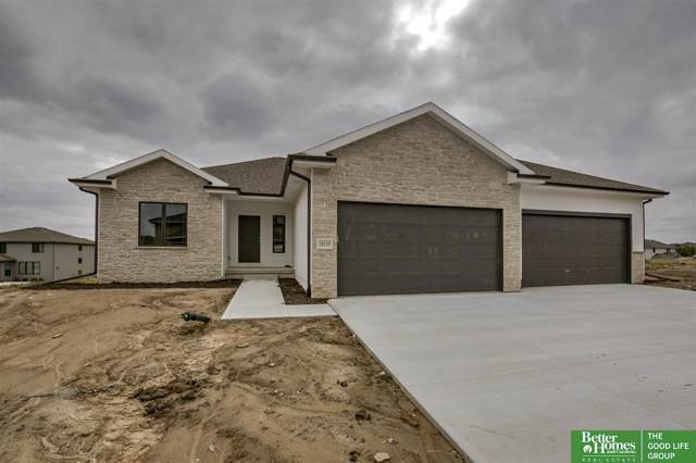 18319 Taylor Street, Elkhorn, NE 68022 (MLS #21922161) :: Omaha's Elite Real Estate Group