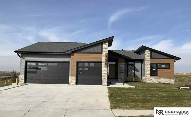 720 N 10th Avenue, Springfield, NE 68059 (MLS #21922855) :: Complete Real Estate Group