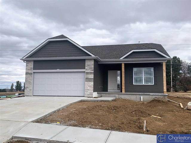 13059 S 49th Street, Bellevue, NE 68133 (MLS #22001099) :: kwELITE